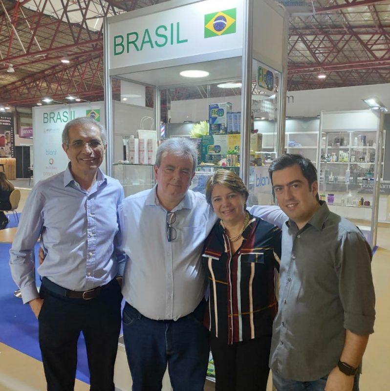 Sr. Manuel (parceiro de exportação), Marco Luppi, Tânia Cardoso e Paulo Martinez (parceiro de exportação)